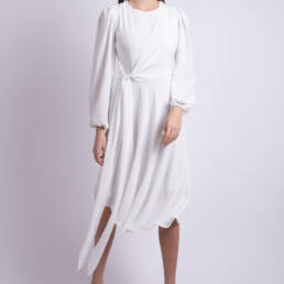 rochie alba asimetrica