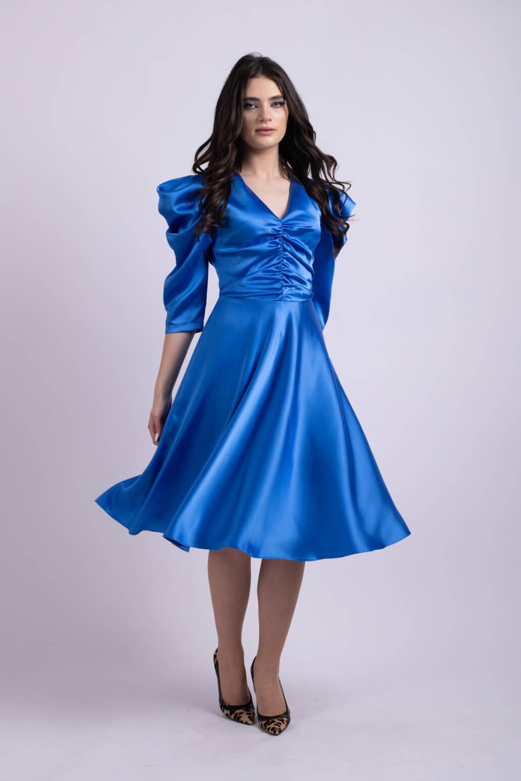 rochie albastra uai