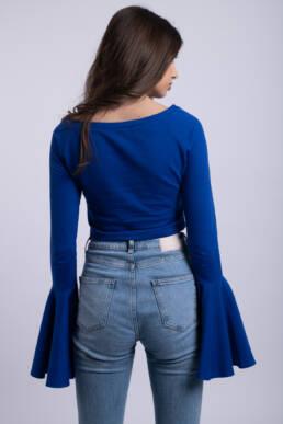 bluza albastra crop top