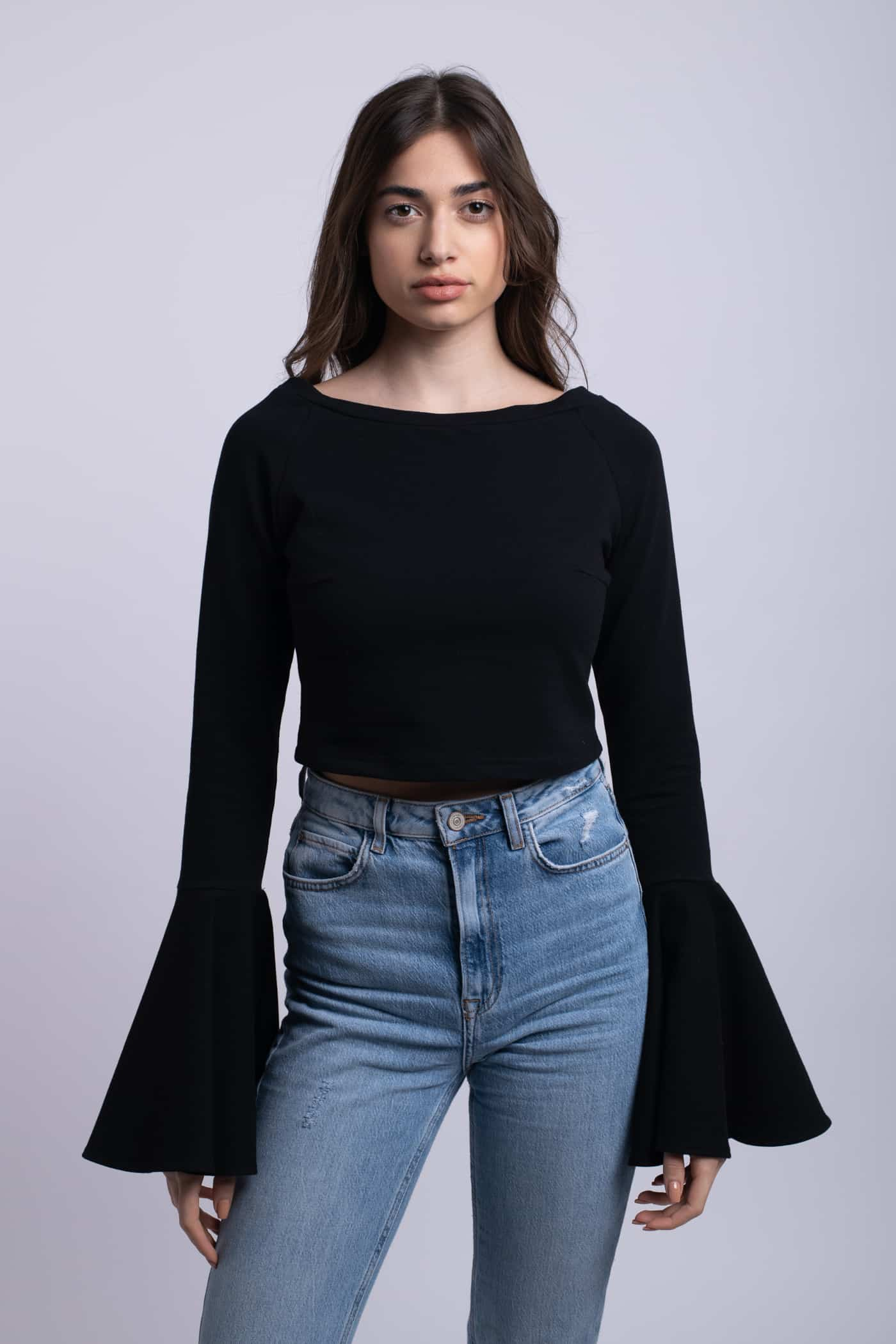 bluza simpla neagra croptop