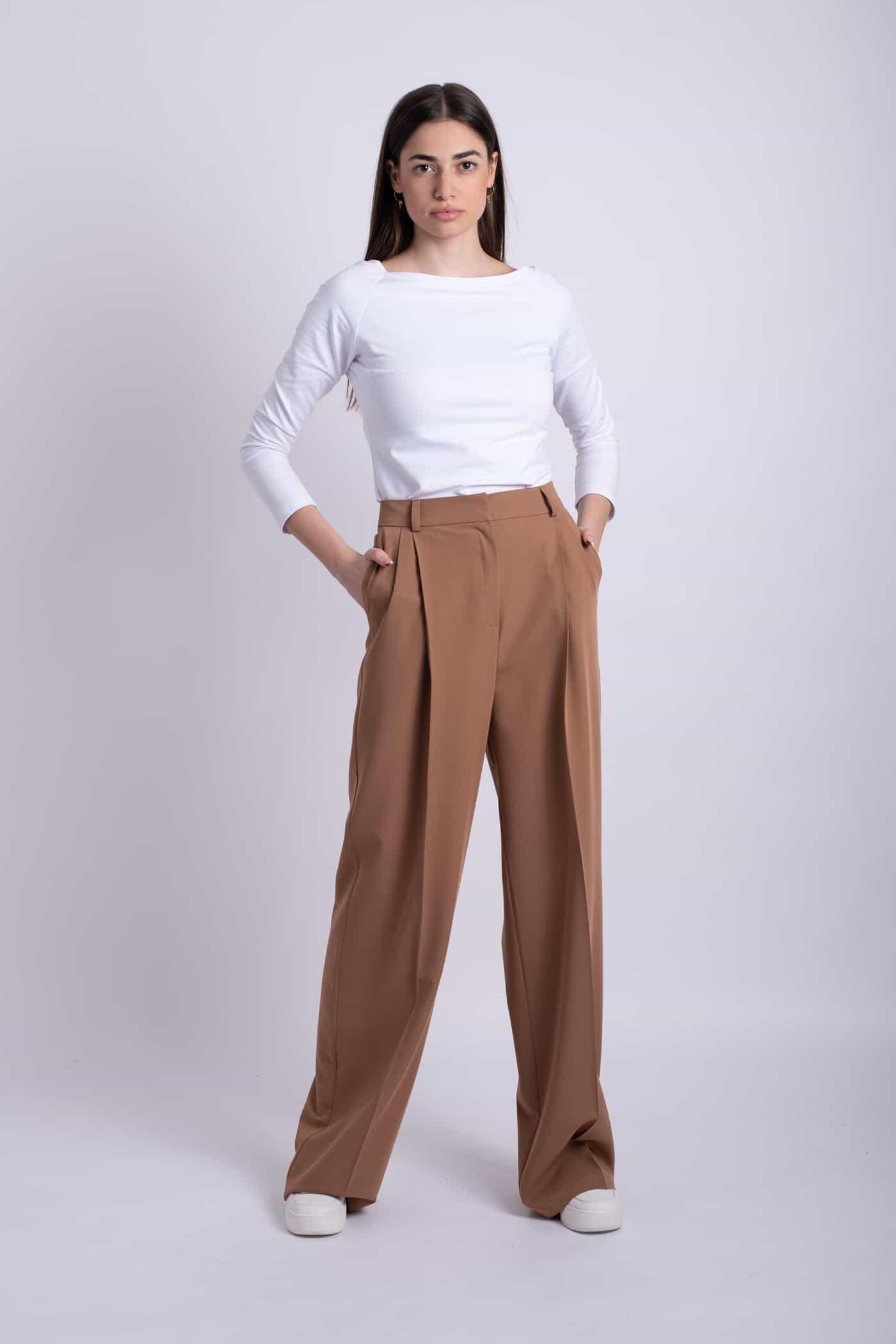 pantaloni maro romance