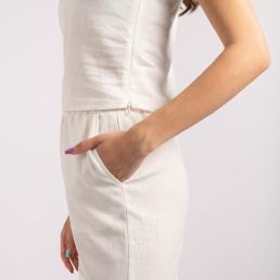 pantaloni albi in
