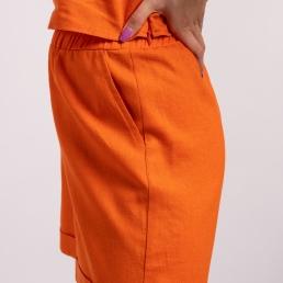 pantaloni in portocaliu